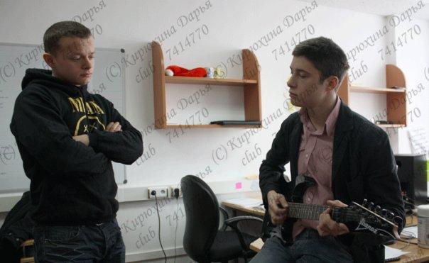 http://cs1672.vkontakte.ru/u285186/80340890/x_de598c55.jpg