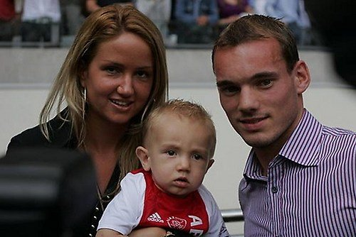 Photo of Wesley Sneijder & his  Son  Jessey Sneijder