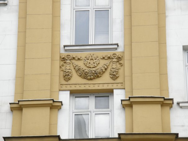 http://cs1774.vkontakte.ru/u7243842/58951988/x_202ca97e.jpg