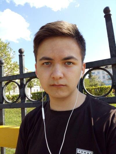 Максим Чурьянов
