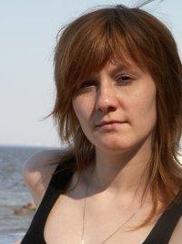 Лена Чеснокова