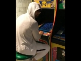 Eminem Playing Pac-Man Before Releasing MGK's Response Diss Song Tonight Probably