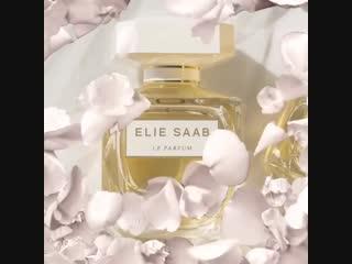 Le Parfum in White Elie Saab 2018