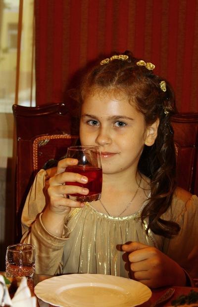 Даша Трусова, 7 декабря 1999, Челябинск, id220129405