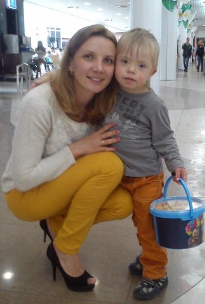 Алена Баракова, 24 октября , id69601153