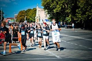 5 000 метров с Высшей Лигой. Asics Run 2012.