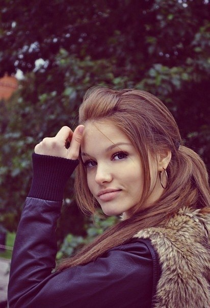 фото красивых девушек на аву: