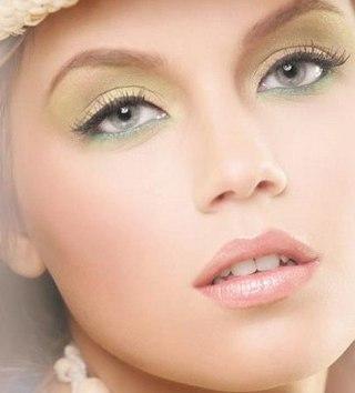 Вечерний макияж для зелных глаз в восточном стиле