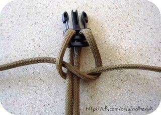 Описание: Макраме схемы плетения салфеток.  Описание: b Плетение шнуров для кед .  Принцип плетения идентичен. змея...
