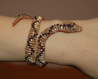 Бисероплетение браслеты змейка.