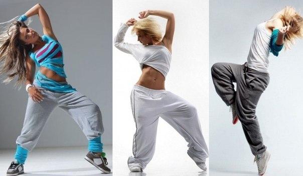 Комментарий: молодежный стиль одежды: стиль хип-хоп.