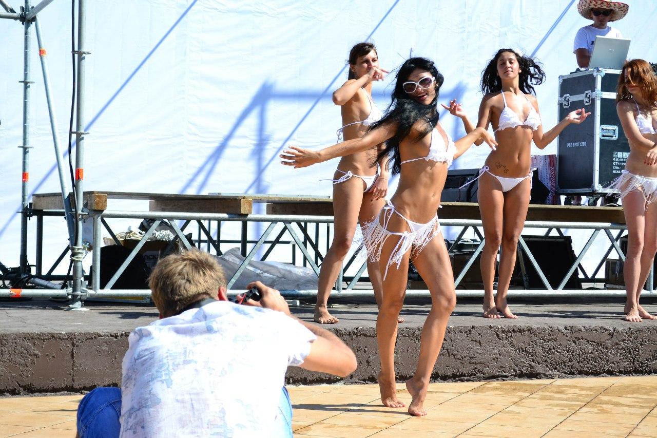 8HbRuomZNAE Webmasters Crimea Party 2012 Спасибо что живой