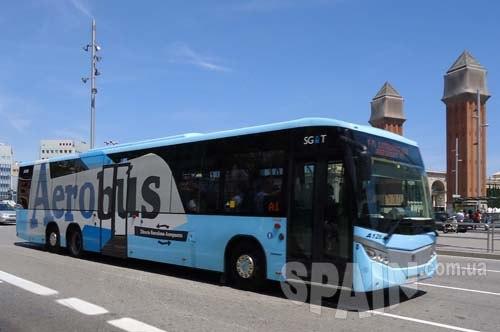 Еще существует возможность добраться из аэропорта Барселоны до города на электричке.  Пригородный поезд в Барселону...