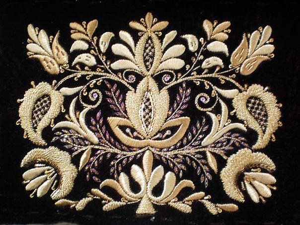 Вышивка золотыми нитками и схемы