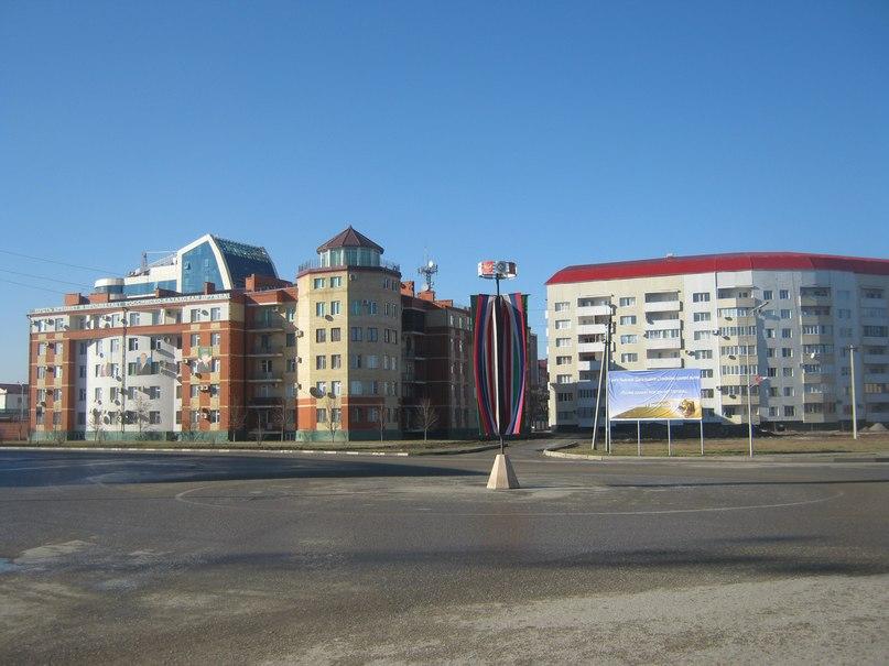 Экскурсия по Чечне-2012. Площади Грозного.