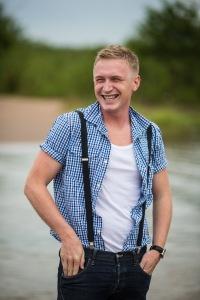 Антон Окунев