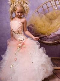 Детское платье Silviya.