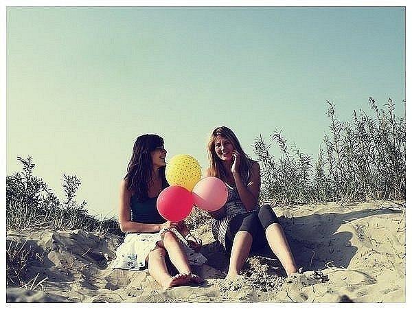 ♥хоть ты и дура, но я тебя всё равно люблю♥