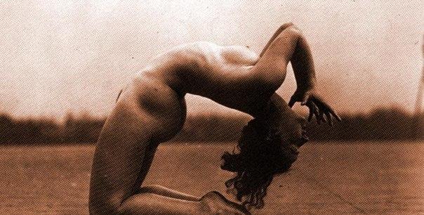 eroticheskoe-foto-cherno-beloe