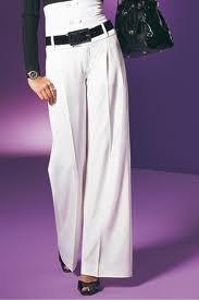 Широкие брюки помогут привлечь внимание к ногам.  Кроме того, не стоит скрывать и...