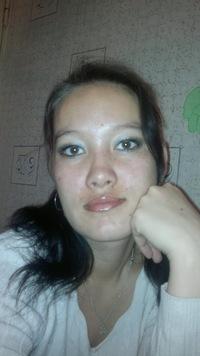 Natasha Pak - nmksgCR6J2Y