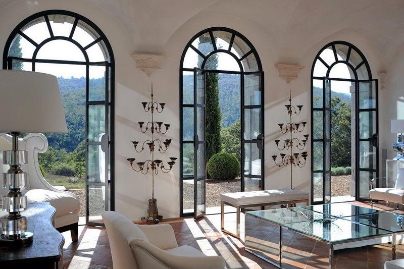 Французское окно в гостиной фото