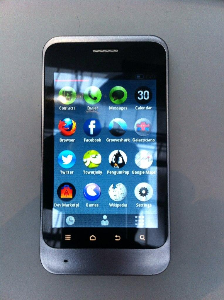 Telefonica показала прототип устройства на Firefox OS