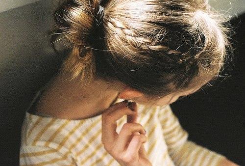 Фото девушек на аву с короткими волосами