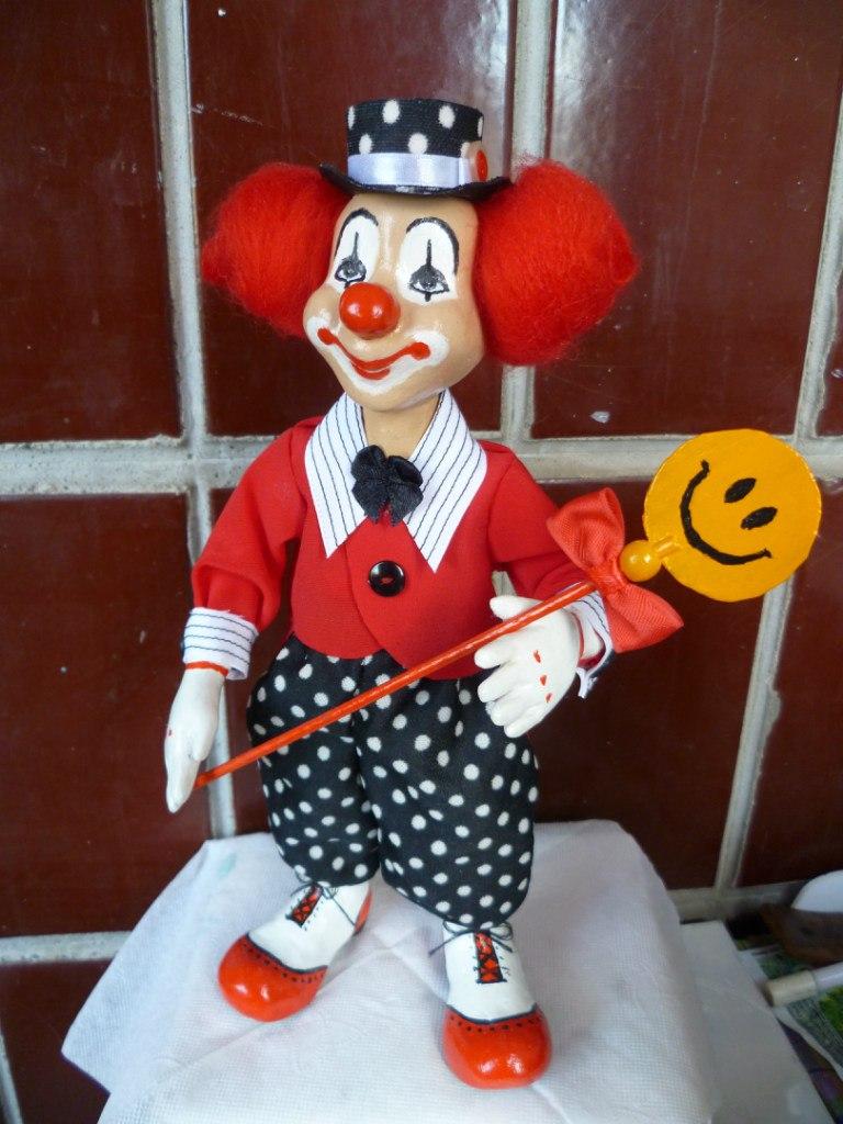Клоун игрушка из