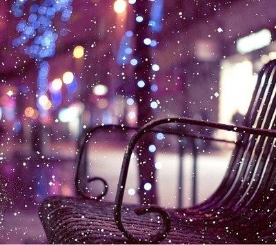 Иногда я брожу по улицам и вспоминаю старые времена, которые никогда больше не вернутся.