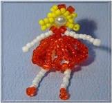 Сплетите тело куколки, как показано на схеме.  Красная...  Для плетения такого сувенира возьмите.