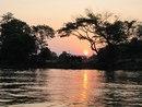 Канчанабури, покатушки по реке, закат