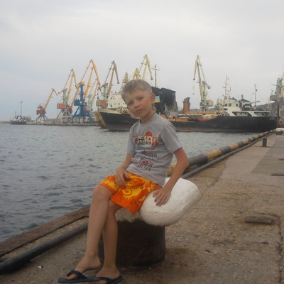 Владик Пархоменко, 15 июня 1999, Харьков, id179383667