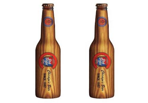 Old Style Beer - бутылки пива в виде деревянных бейсбольных бит.