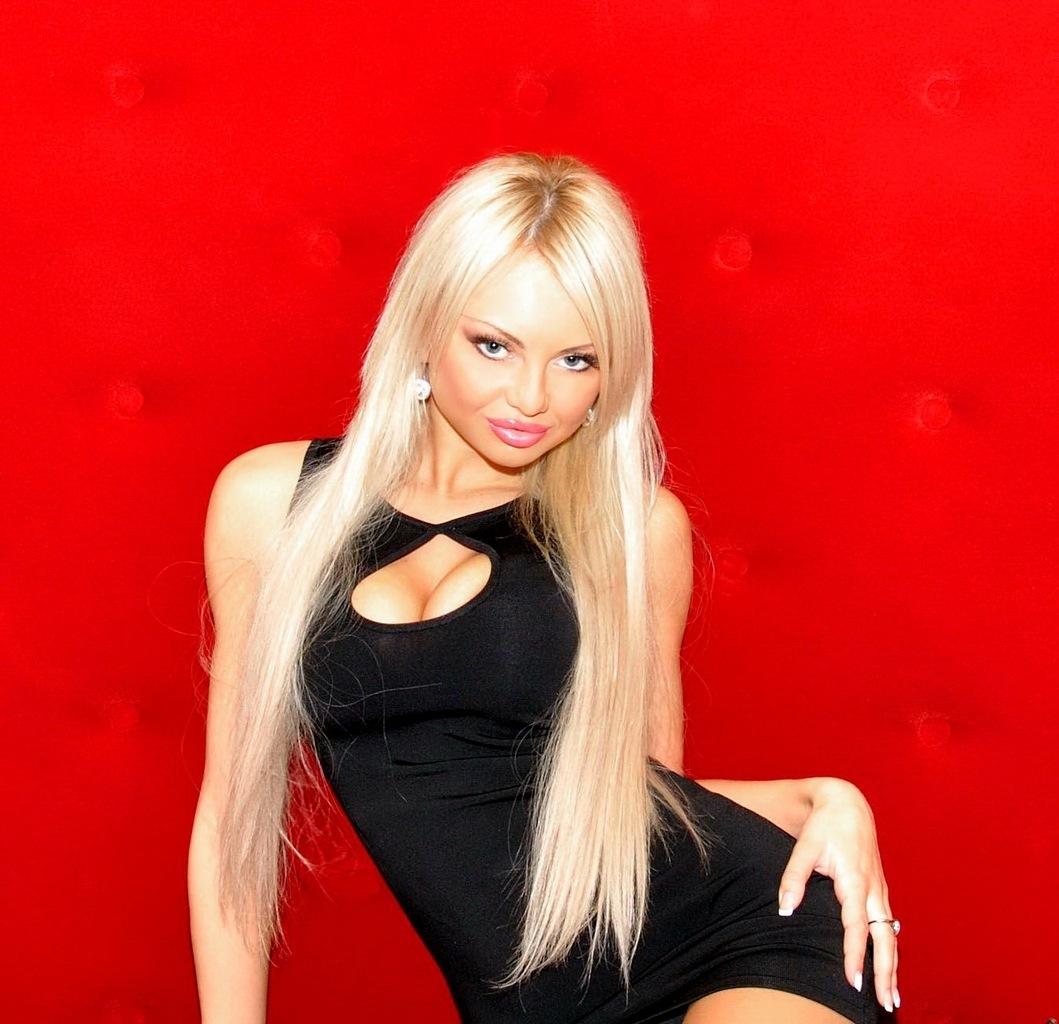 Фото госпожа блондинка 2 фотография