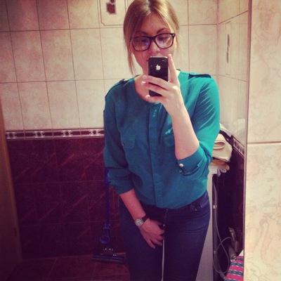 Полина Дмитриевна, 1 декабря , Киров, id140278201