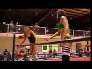 Thunderkitty vs Nikki St. John w/ Maria Kanellis as Special Ref