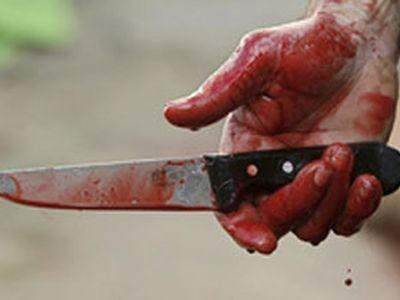 Девушку 17 лет убили ножом в шею и бросили в лесу