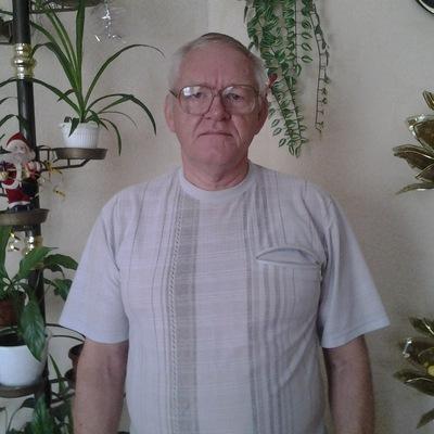 Виктор Енин, 15 марта 1975, Кривой Рог, id222525023