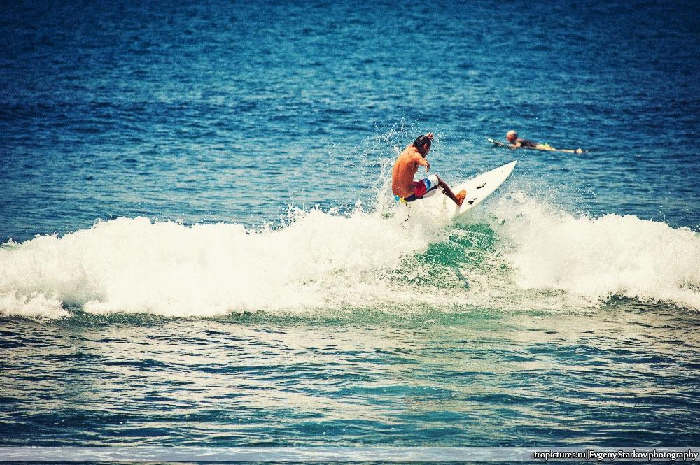 Серфинг на пляже Баланган
