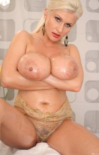 Natural big breast gallery
