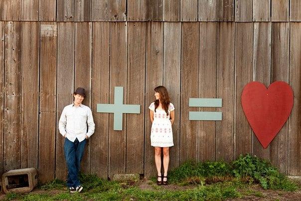 Для фотосессии на бумажную свадьбу