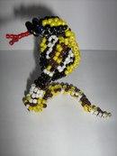 Плетем крокодила, ящерицу и кобру из бисера.