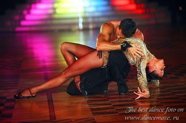 Секс с танцующими 123