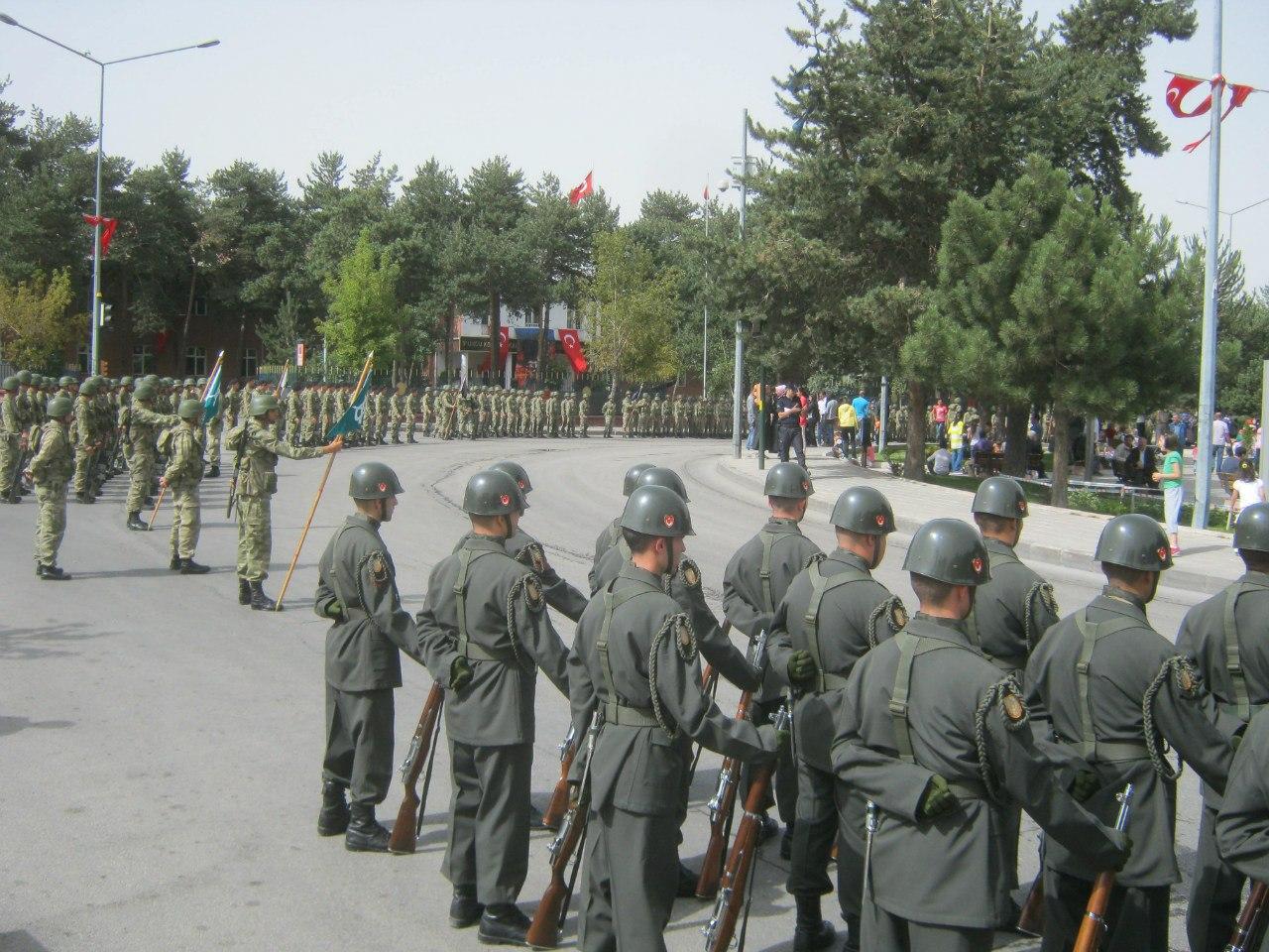 парад в Турции в честь Дня Независимости