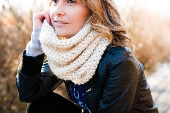 вязание крючком шарфы снуды