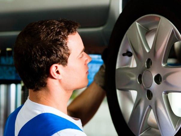 Комплексный шиномонтаж и балансировка четырех колес в техцентре Pit Stop за 790 руб. вместо 2 700 руб.
