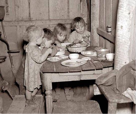 Рождественский ужин во время Великой Депрессии. Репа и капуста