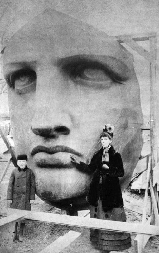 Прибывшая голова Статуи Свободы. 1885 год
