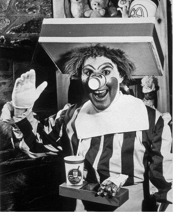 Первоначальный Рональд МакДональд. 1963 год.